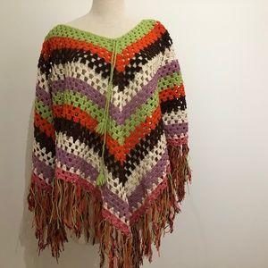 4/30$ 1970s crocheted poncho